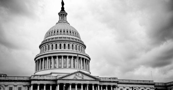 A Casa Branca, em preto e branco | Democratas incluem liberdade na Internet na plataforma política de Obama